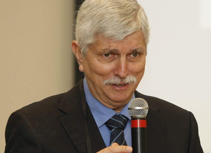 Secretário de Ciência e Tecnologia recebe prêmio Internacional