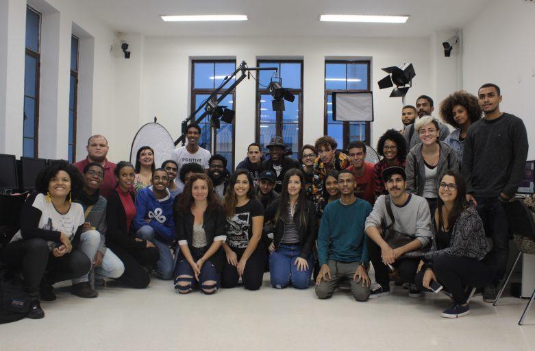 Curso de cinema da Nave de Triagem leva jovens a Londres